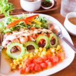 石垣島の海で遊べる、オーシャンビューの一軒家島野菜カフェ・リハロウビーチに行ってきた!