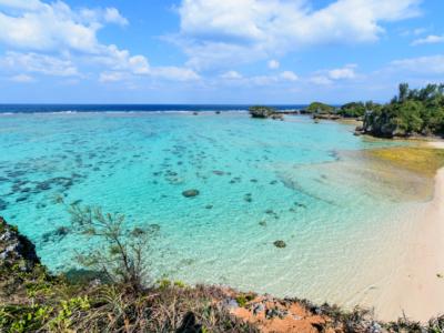 カメラ好きはチェック済み?どこを撮っても絵になる♪恩納村にある天然ビーチ「beach51」
