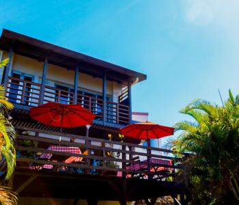 沖縄 本部町の海が見えるカフェ&宿「Ma-Blue Garden House」