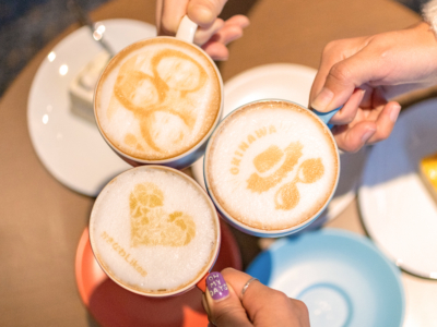 沖縄初登場!位於「那霸諾富特飯店」絕對能造成話題的最新咖啡拉花?!不,這是藝術拉花了!!