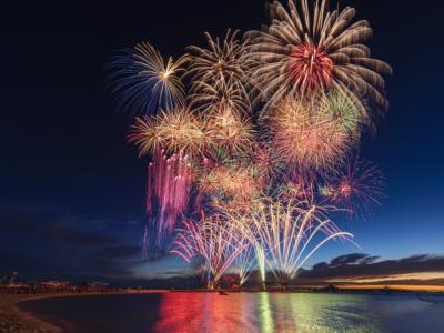 【2019】開催日決定!海洋博公園花火大会!沖縄県内最大級の花火大会、バスツアーの情報も!