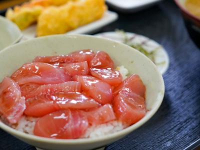 推薦美味午餐♪在沖繩漁港吃飯!